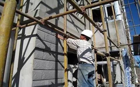 外墙装饰涂料过了年限如何翻新?
